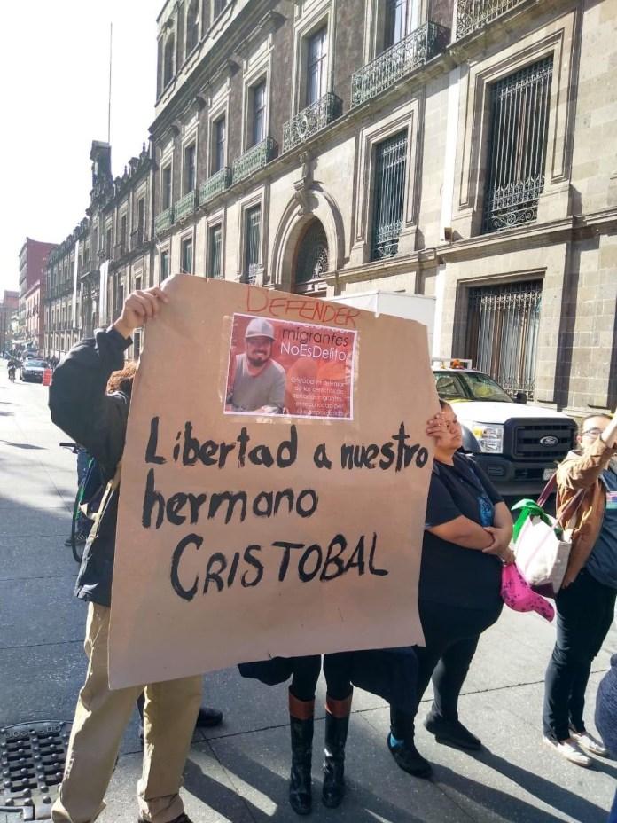 Piden activistas liberación de Irineo Mújica y Cristóbal Sánchez df22cb22 f90a 4318 8275 caafb14d1bd4