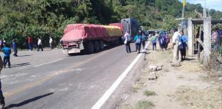 Oxchuc, tomada la alcaldía y bloqueada la carretera por inconformes con el alcalde