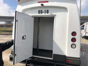 Minibus Luggage Space