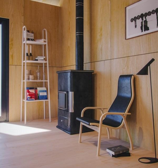 plywood-house-000-3d-render