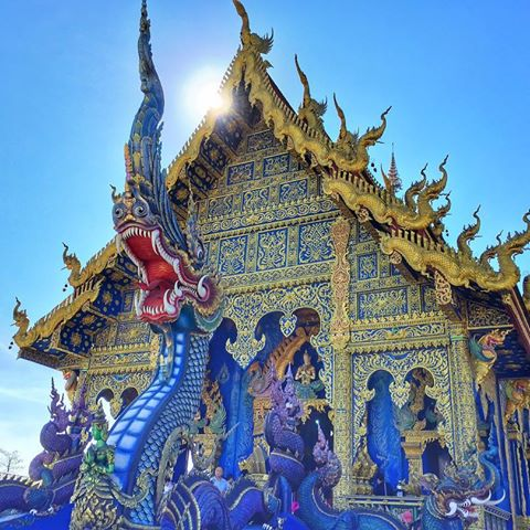 Chiang Rai – Blue Temple and Black House