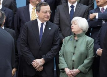 president-of-the-european-central-bank-mario-draghi-and-us-federal-reserve-chair-janet-yellen-speak-before-the-g20-finance-ministers-and-central-bankers-family-portrait-during-the-imfworld-bank-2014-spring-meeting-in-washington-april-11-2014-reutersj