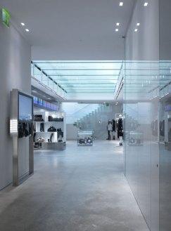 luisaviaroma-store-by-claudio-nardi-architects-luisa03_pietrosavorelli
