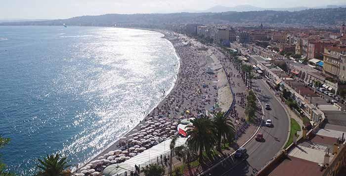 Promenade des Anglais desde el Castillo de Niza