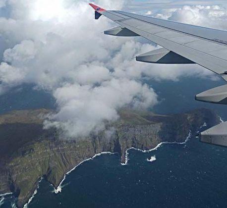Mykines desde el avión