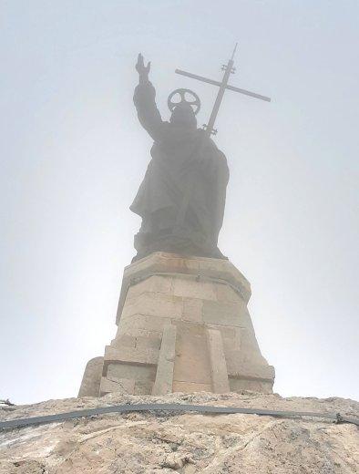 jesus-on-a-hill