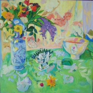 green flower still life