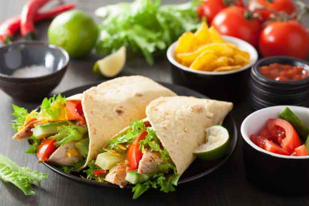 Tortilla wraps are a healthy summer snack idea for kids