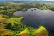 lake-sentani-papua-fix