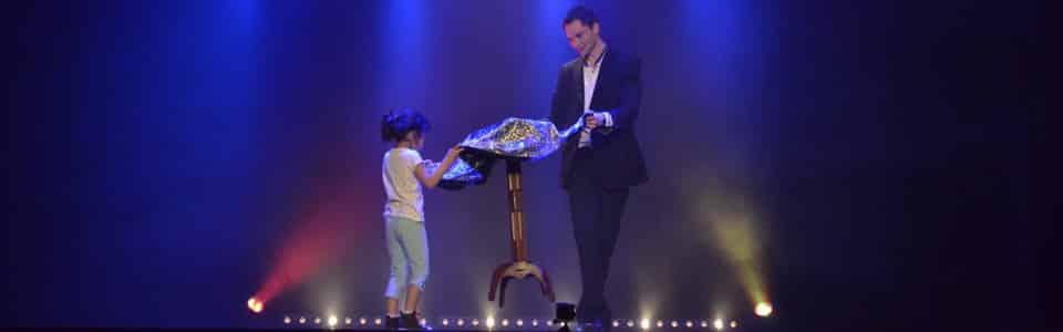 table volante magicien enfant