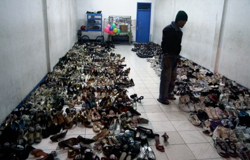 lots of second hand shoes