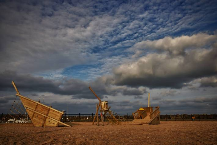 Sunken playground - HDR Photo by Alex Leonard