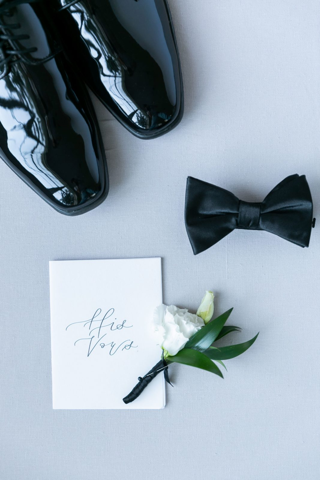 Wedding vow book: Sophisticated and Chic wedding inspiration on Alexa Kay Events