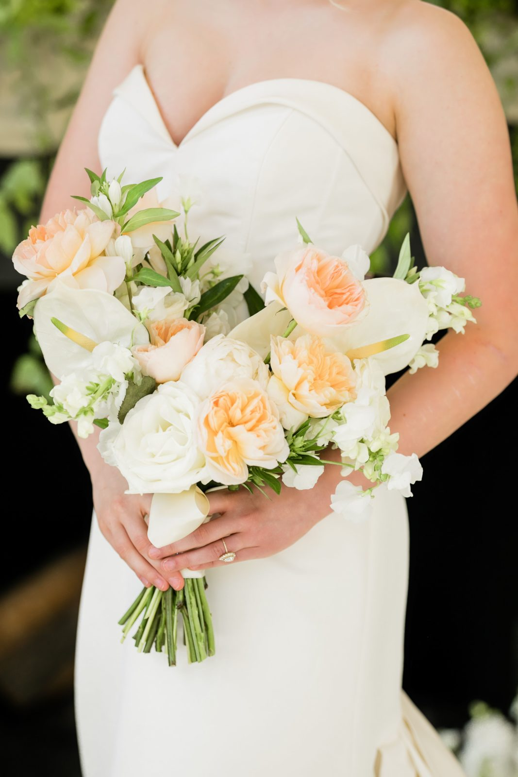 Peach and ivory wedding bouquet: Sophisticated and Chic wedding inspiration on Alexa Kay Events