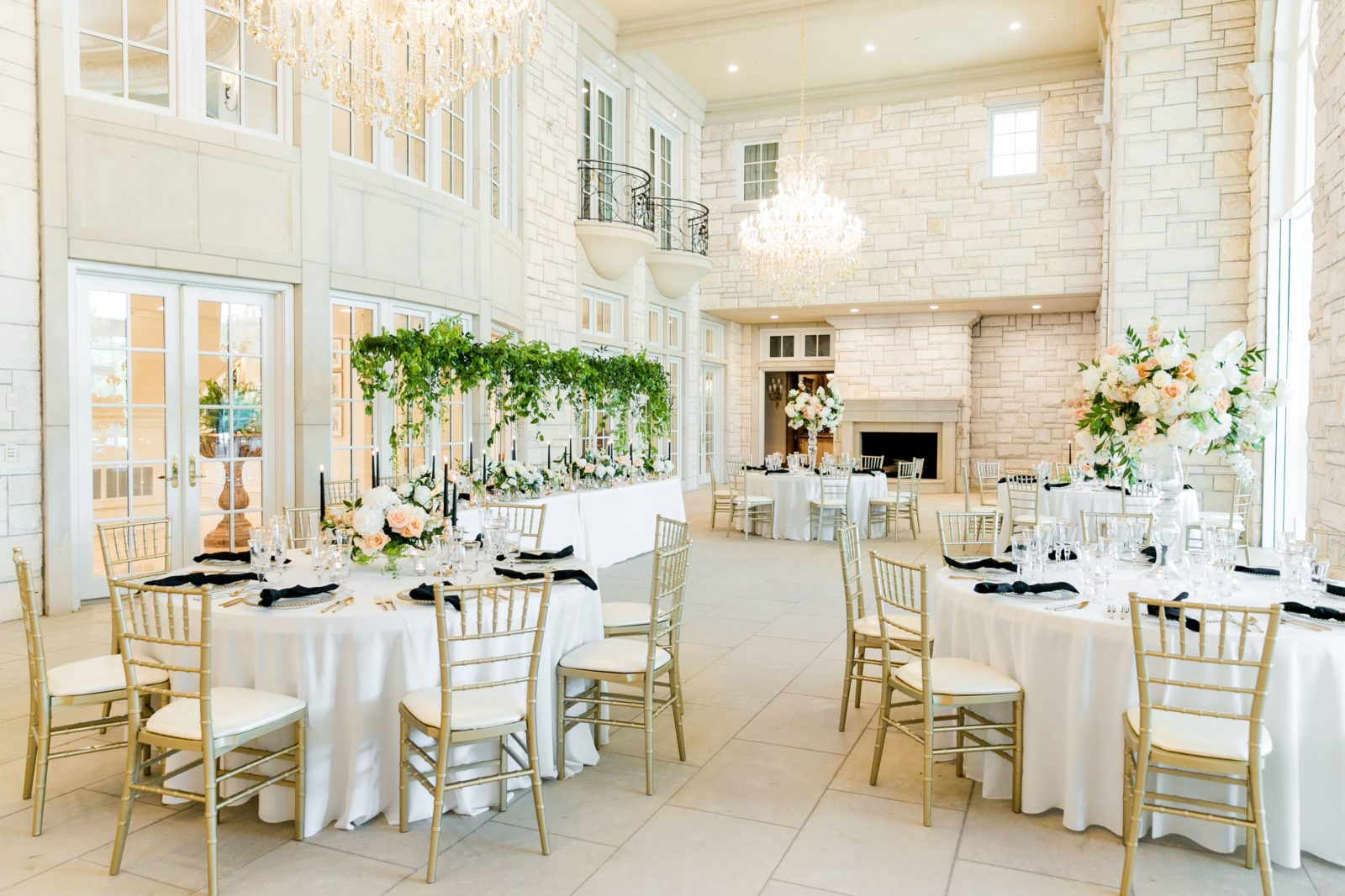 Elegant wedding reception decor: Sophisticated and Chic wedding inspiration on Alexa Kay Events