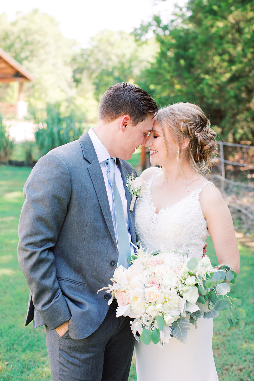 Wedding photo ideas: | Romantic blue Texas wedding at Spring Venue by Alexa Kay Events