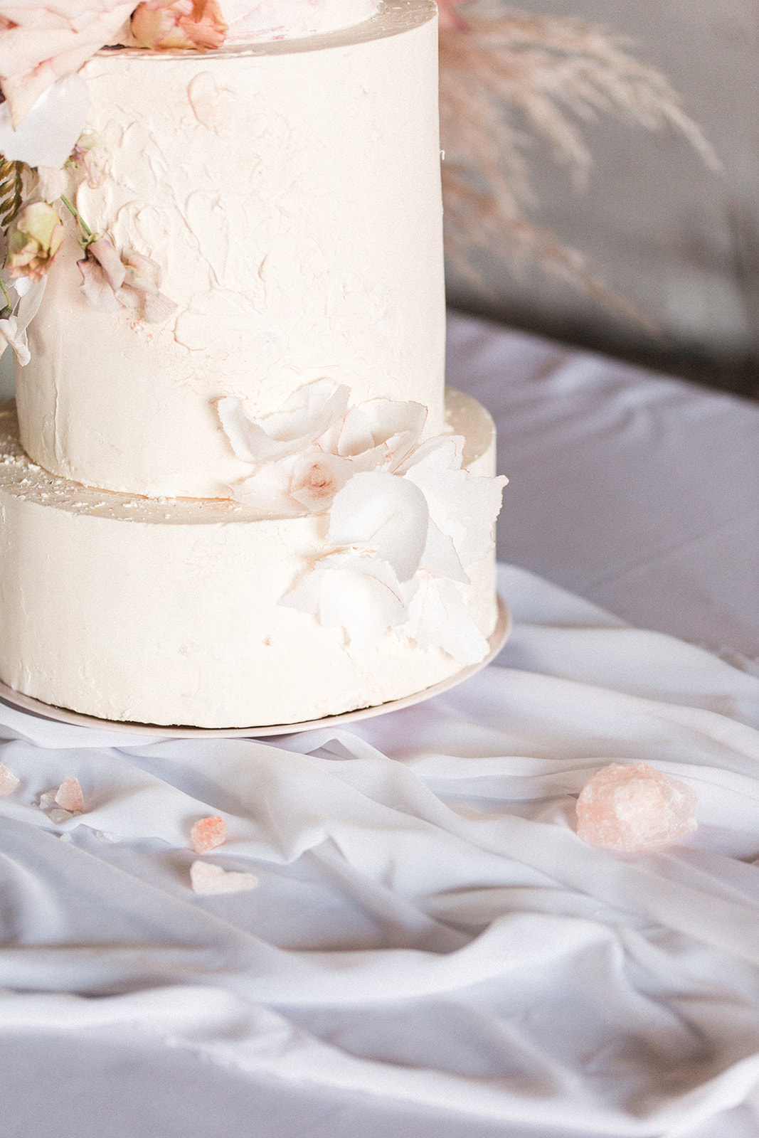 White floral wedding cake: Fall Garden Wedding featured on Alexa Kay Events
