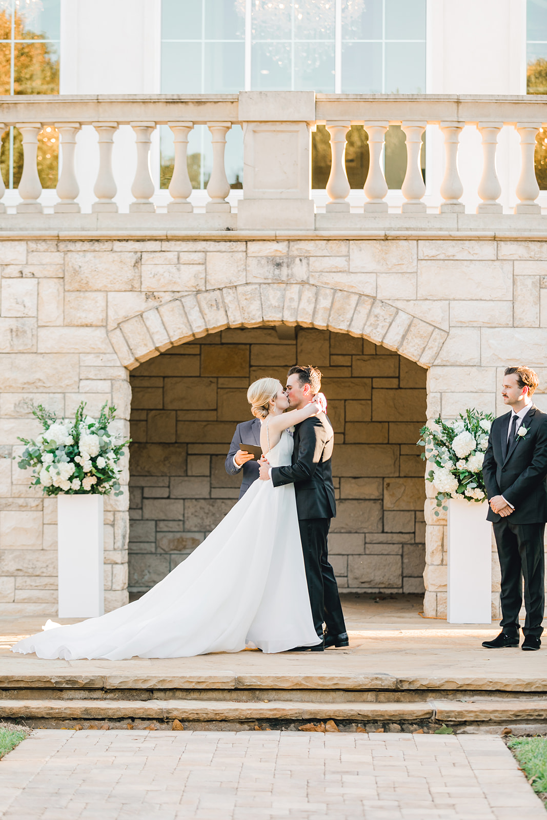 Wedding ceremony inspiration: Timeless Wedding at The Olana featured on Alexa Kay Events!