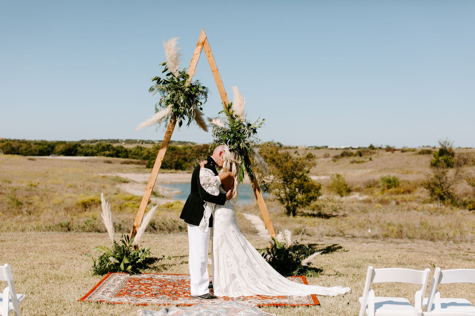 Outdoor Wedding Ceremony: Bohemian Big White Barn Wedding