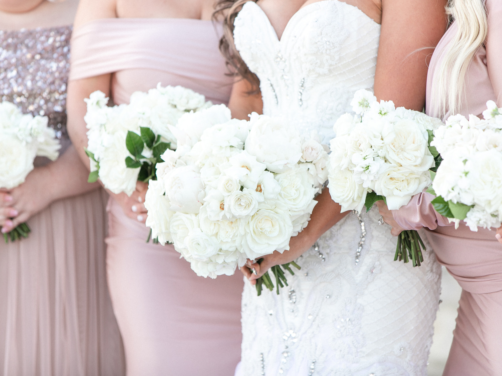 White Wedding Bouquets: Luxurious Knotting Hill Place Wedding