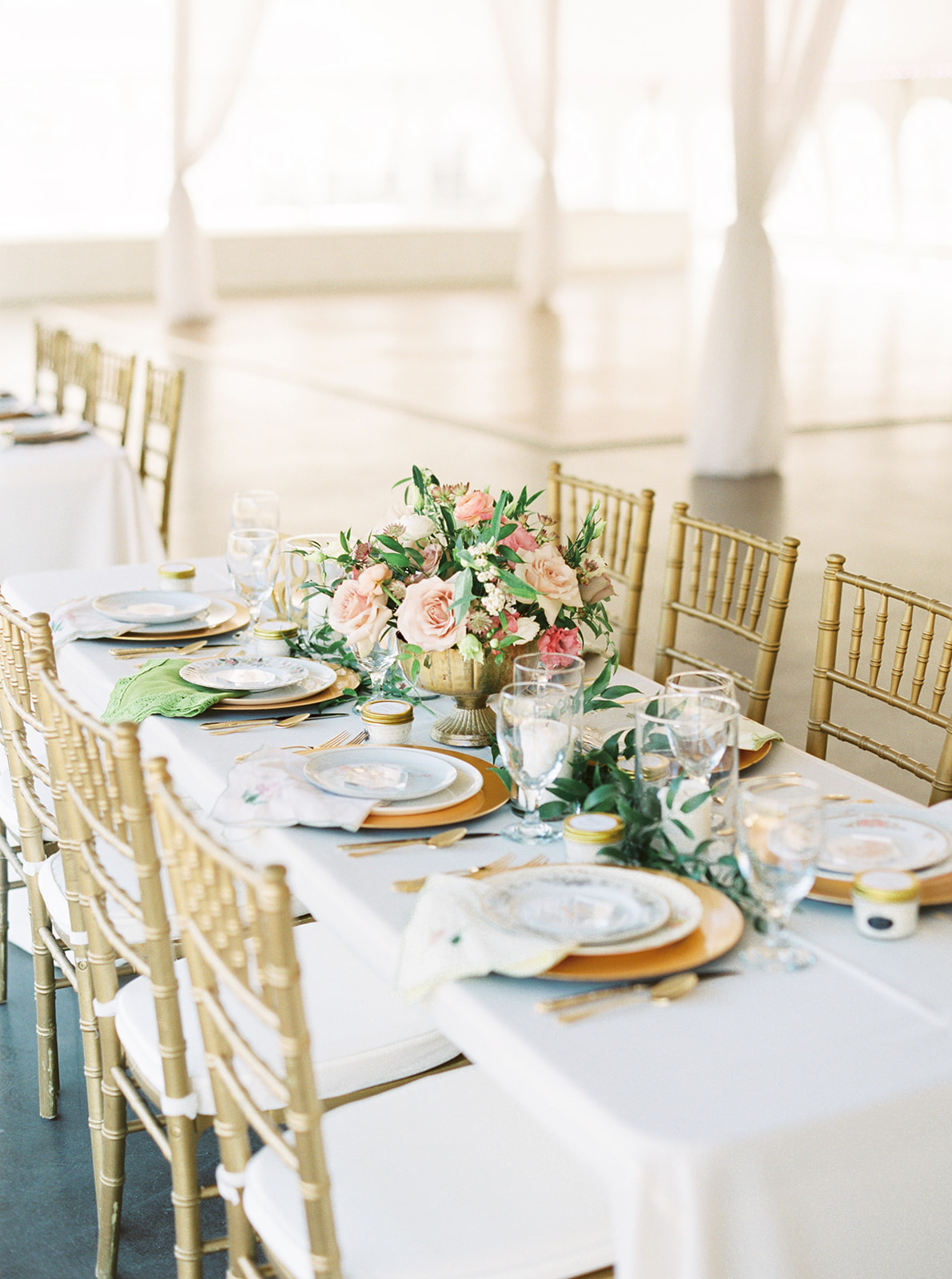 Wedding Tablescape: Feminine and Whimsical Clark Gardens Wedding