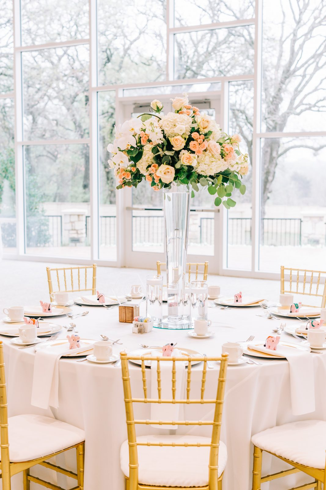 Pick a Daisy wedding centerpieces: Blush Pink Texas Wedding at The Bowden featured on Alexa Kay Events