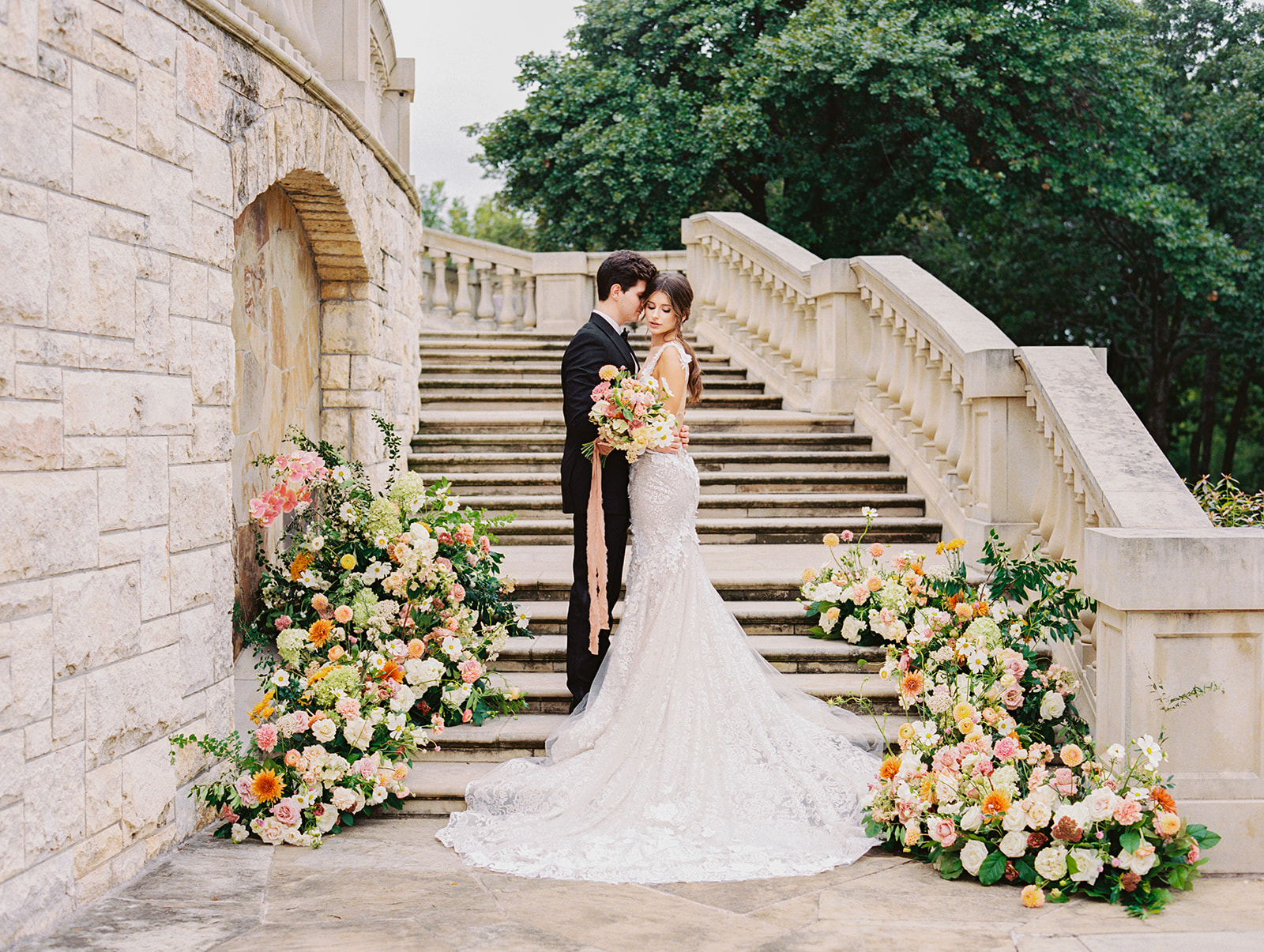 The Olana Texas wedding inspiration | Alexa Kay Events