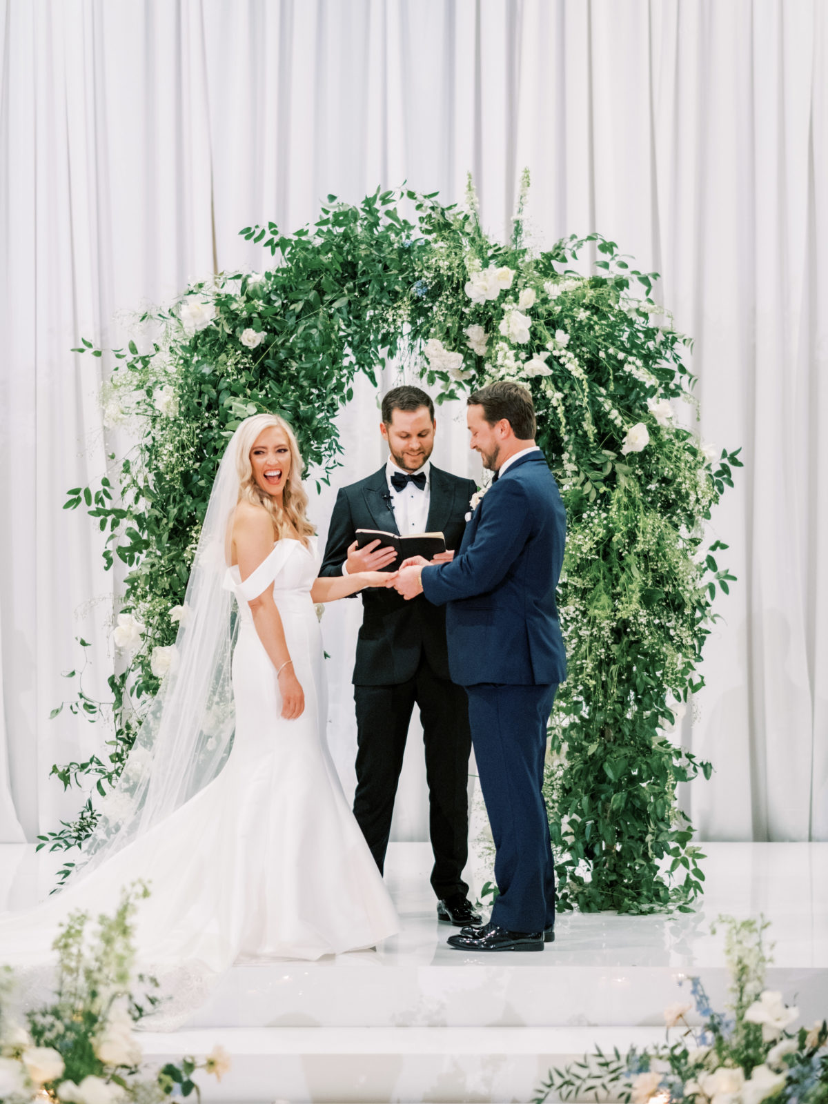 Elise Woods Designs greenery floral arch | Alexa Kay Events