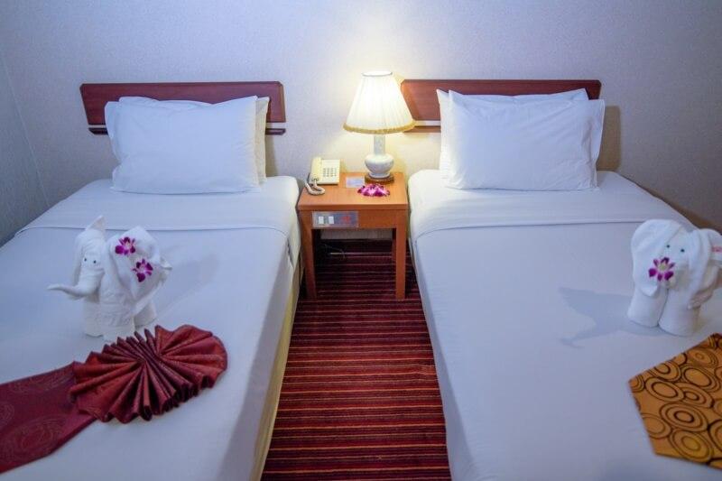 Alexander Hotel Bangkok : ห้องซูพีเรีย