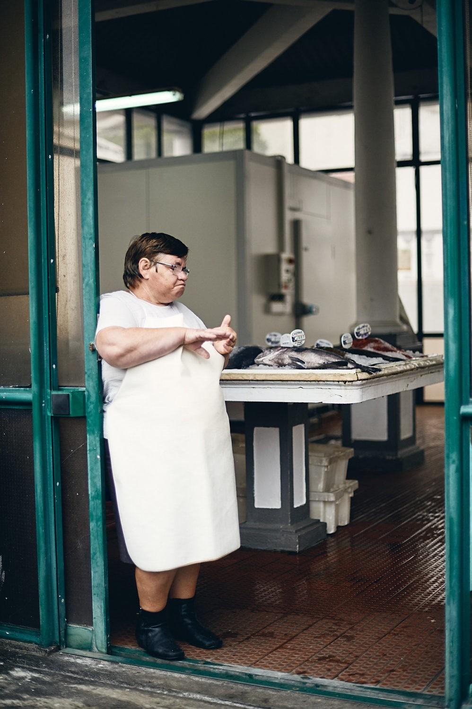 portrait of a saleswoman in Horta, Azores