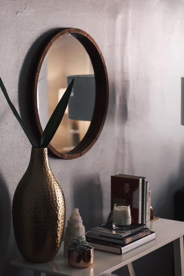mirror for wall decor above console table