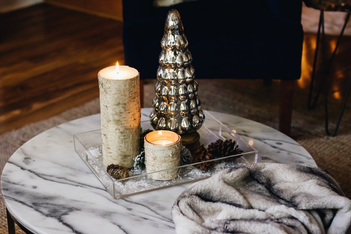 BLOGMAS DAY THREE: DIY HOLIDAY COFFEE TABLE