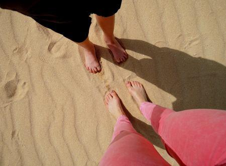 legs-in-sand