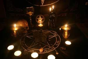 magie noire, envoûtement, desenvoûtement, rituels magie noire