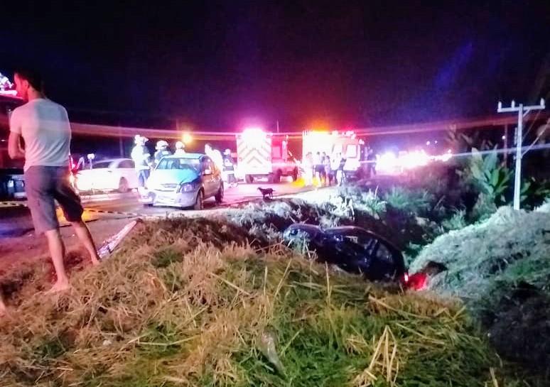 Grave acidente envolvendo dois veículos deixa feridos na BR-470
