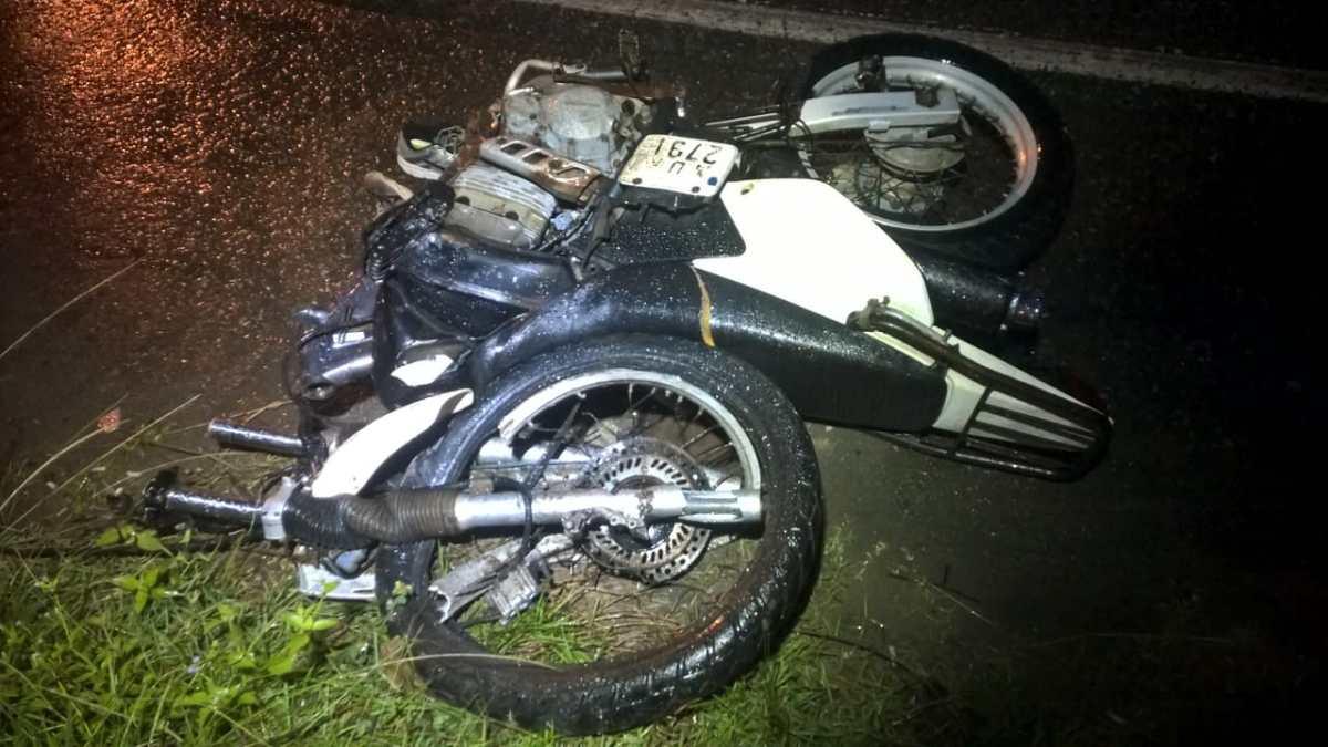 Condutor de moto roubada morre em acidente na Rua Dr. Pedro Zimmermann