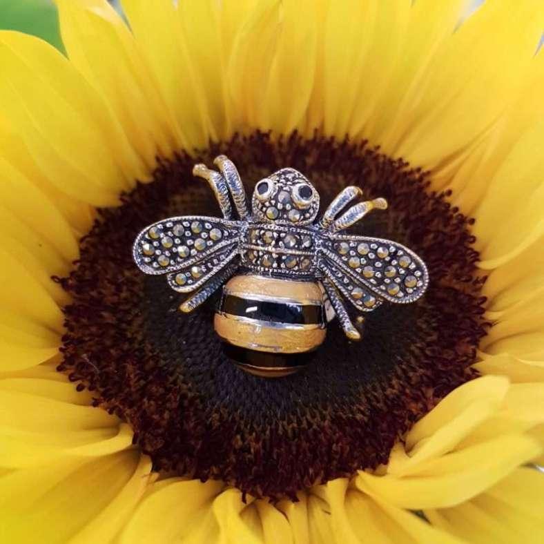 Sterling Silver Marcasite brooch - Bumblebee