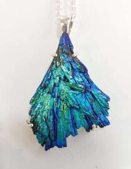Titanium Kyanite pendant necklace green & blue