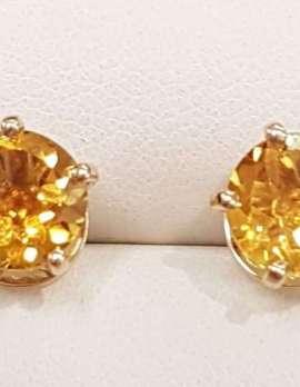 9ct Gold Round Citrine Claw Set Stud Earrings
