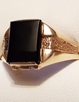 9ct Gold Rectangular Onyx Gents Ring