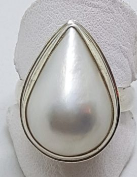 Sterling Silver Teardrop Shape Mabe Pearl Ring