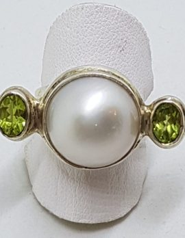 Sterling Silver Large Mabe Pearl & Peridot Ring