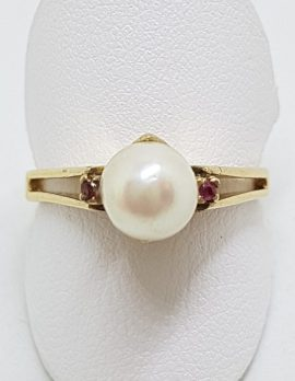 9ct Yellow Gold Pearl & Ruby Ring