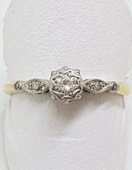 18ct Yellow Gold Ornate Diamond Engagement Ring