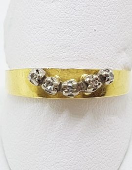 18ct Yellow Gold Claw Set 5 Diamond Curved Shape Eternity/Wedding Ring