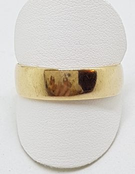 18ct Yellow Gold Wide Wedding Band Ring