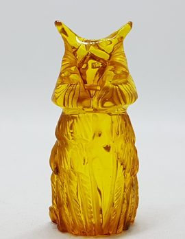 Hand Carved Natural Baltic Amber Small Owl Figurine / Statue 3