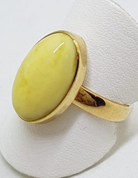9ct Yellow Gold Oval Natural Baltic Butter Amber Ring