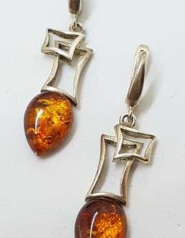 Sterling Silver Pear Shape / Teardrop Natural Baltic Amber Stylysied Drop Earrings