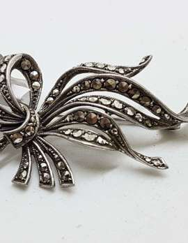 Sterling Silver Vintage Marcasite Brooch - Large Ribbon Design